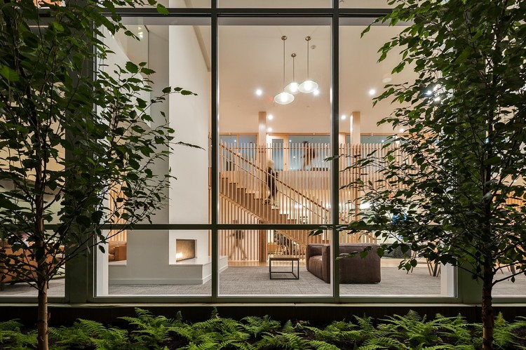 奥林匹亚广场 / Holst Architecture + DiMella Shaffer